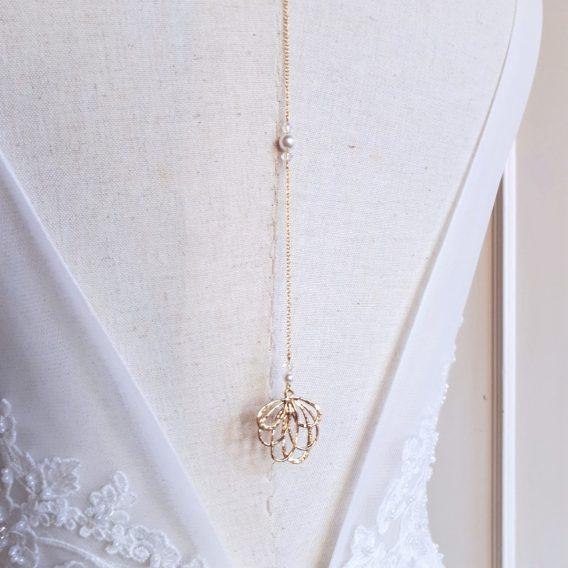 Capucine - Collier bijou de dos mariage avec perles swarovski