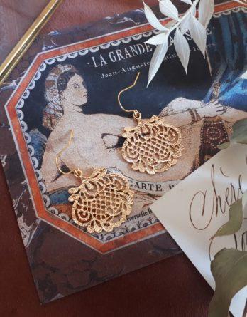 Jasmine - Boucles d'oreilles crochets plaqué Or 24K