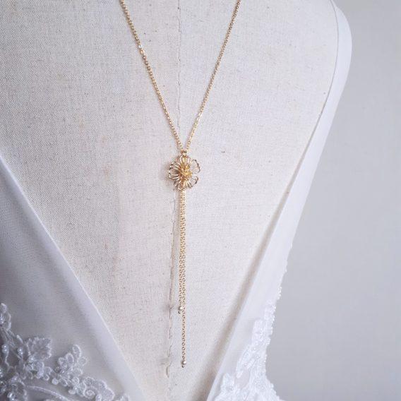 Fleur - Collier de dos mariage champêtre et élégant avec perle swarovski