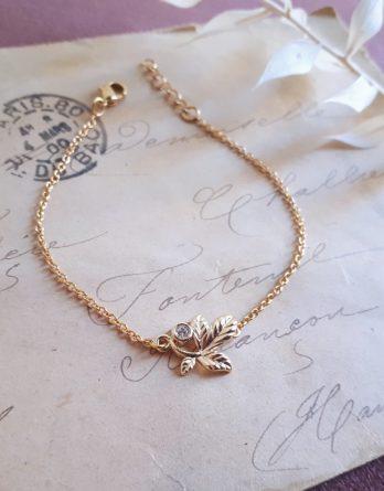 Leia - Bracelet mariage feuille délicate doré à l'or fin 24K avec zircon