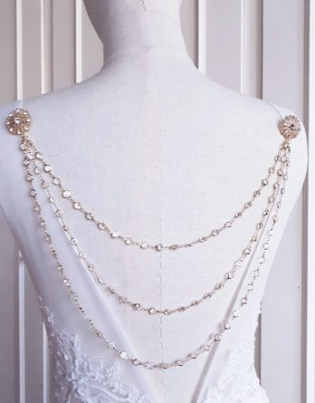Astrée - Bijou pour robe dos nu 2 ou 3 rangs avec broches fleurs strass