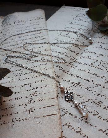Sophie - Collier de dos avec perles swarovski