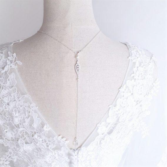 Alix - Collier bijou de dos mariage chic et élégant avec perles Swarovski