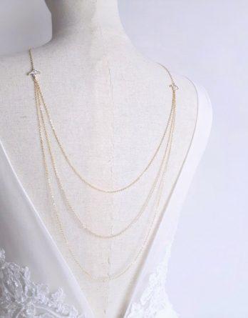 Amandine - Collier de dos mariage 3 rangs plaqué Or 18K avec pendentifs feuilles et fleurs zirconium