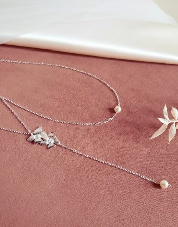 Mai - Collier de dos mariage fleur délicate avec perles Swarovski