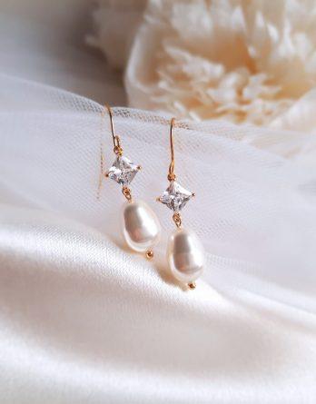 Margot - Boucles d'oreilles mariage plaqué Or 24K avec perle goutte Swarovski et zircon carré