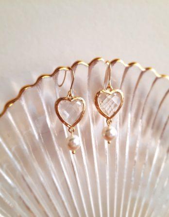 Mon cœur - Boucles d'oreilles crochets hypoallergéniques plaqué Or avec cœurs cristaux et perles Swarovski