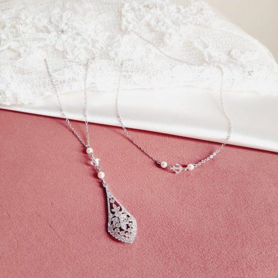Olympia - Collier avec bijou de dos mariage style retro chic avec perles Swarovski