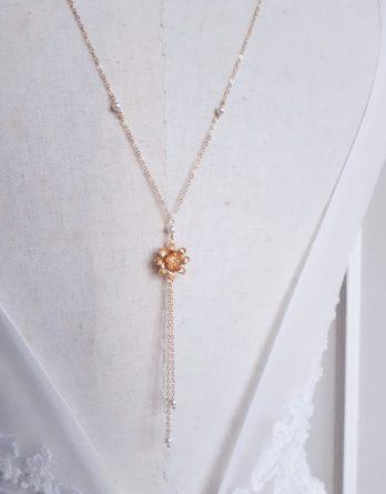 Ophélie - Collier de dos mariage pendentif fleur avec perles swarovski