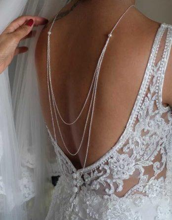 Amélia - Collier de dos mariage 3 rangs avec perles swarovski