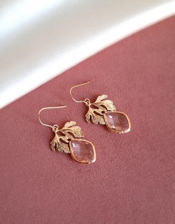 Thea - Boucles d'oreilles mariage hypoallergénique pendantes feuilles et gouttes cristaux