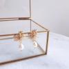 Léa - Boucles d'oreilles feuilles avec perles d'eau douce naturelles
