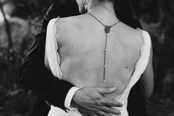 "Collier bijou de dos mariage ""Manon"" Photographe : Laurent Brouzet"